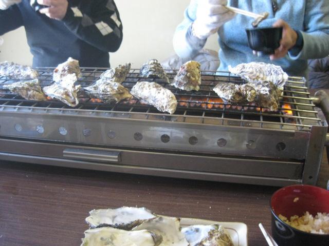牡蠣小屋での焼き牡蠣